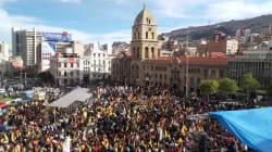 Marchan contra la candidatura de Evo
