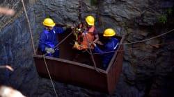 Des plongeurs tentent de retrouver 15 mineurs piégés dans une mine inondée en
