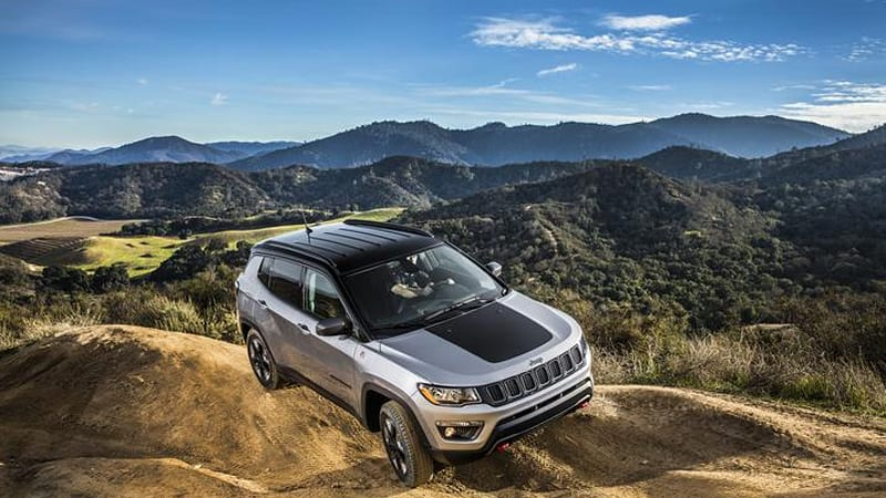 2017 Jeep Cherokee vs. all-new Compass