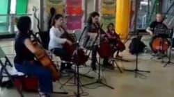 El metro de Monterrey sorprende a sus usuarios con música de