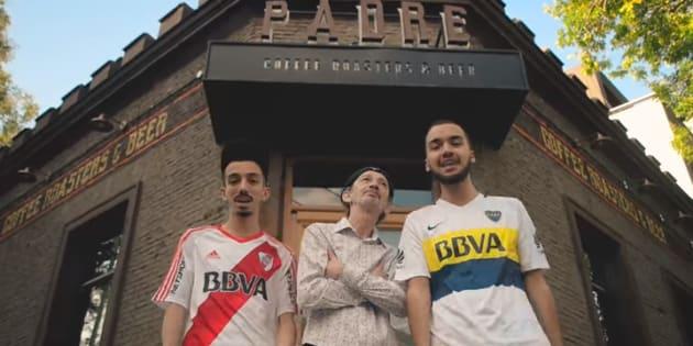"""Bigflo et Oli emmènent leur père pour un voyage émouvant en Argentine dans leur nouveau clip """"Papa""""."""