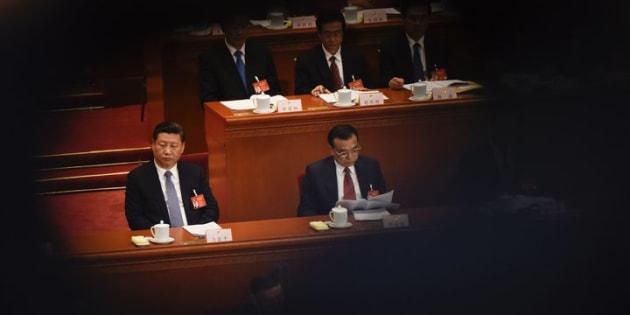 Xi Jinping e Li Keqiang no Congresso Nacional do Povo em 8 de março.