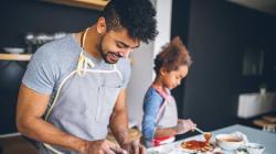 Cuisiner pour les autresa des bienfaits psychologiques très