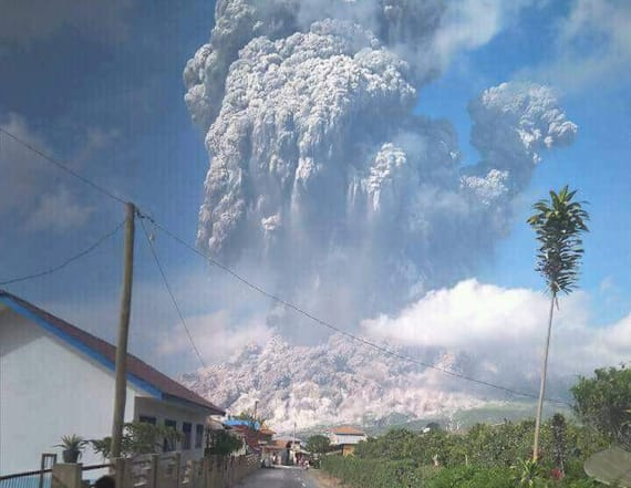 Indonesia volcano spews towering ash cloud