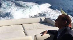 Yacht in avaria, Berlusconi in ritardo alla convention di Forza Italia a