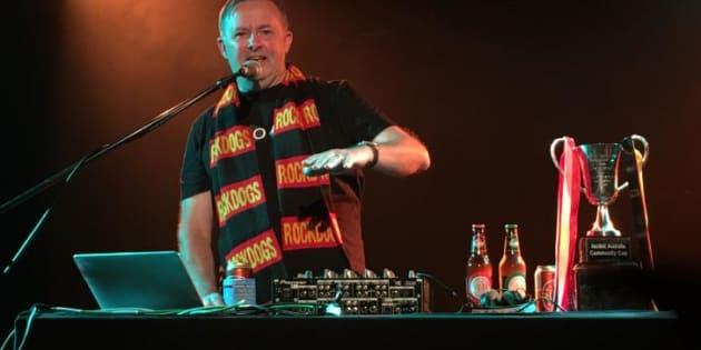 Anthony Albanese's DJ Albo gig at Melbourne's Corner Hotel.