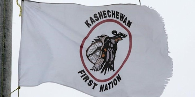 More than 2,500 members of the Kashechewan First Nation were to be flown out from the reserve Monday as spring flooding impacts the community, which is located north of Fort Albany, Ont.