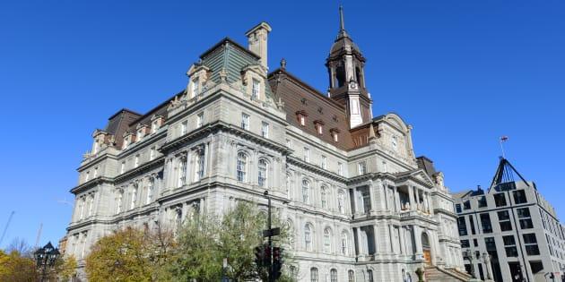 L'hôtel de ville de Montréal.