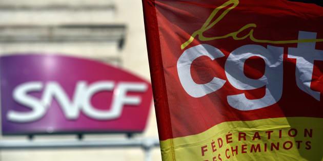 """Grève à la SNCF: les syndicats """"suspendent"""" les discussions avec Borne et demandent à être reçus par Philippe."""