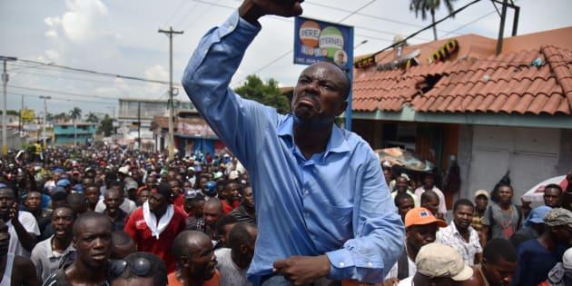 Image result for manifestations contre le budget à Haïti