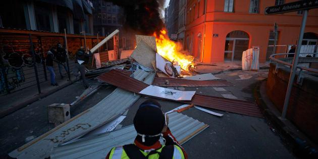 """Les syndicats comprennent la """"colère"""" mais dénoncent """"toute violence"""" (photo d'illustration prise à Toulouse)"""
