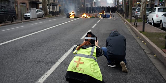 Gilets jaunes: manif' prohibées dans le Nord, vente d'alcool interdite à Nantes (photo prise à Toulouse vendredi 7 décembre)