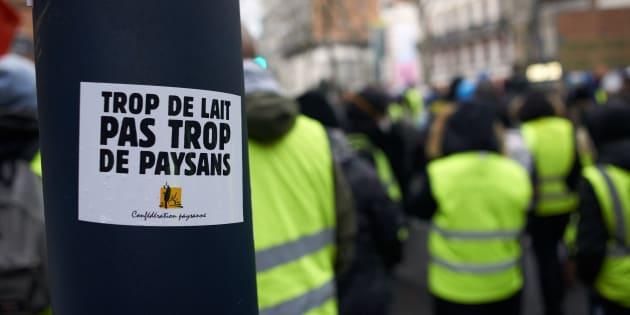 Lors de l'acte XII des gilets jaunes à Toulouse, un slogan de la Confédération paysanne dont certains membres ont localement rejoint le mouvement contestataire.