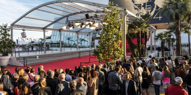 Il n'y aura plus de selfies sur le tapis rouge du Festival de Cannes.