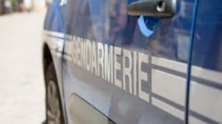 France: une voiture fonce dans une pizzeria et tue une jeune fille, la piste terroriste