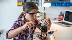 Des élèves participent à un concours international de construction de