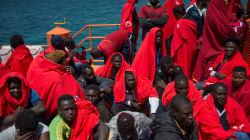 No solo en el futbol, Francia recibirá a migrantes africanos que fueron rescatados en el