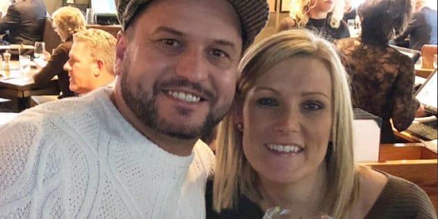 La demande en mariage de ce couple à New-York aurait mal tourné sans l'aide de la police.
