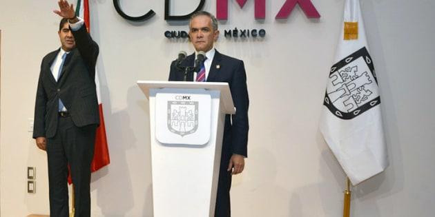 Edmundo Porfirio Garrido Osorio  toma protesta.