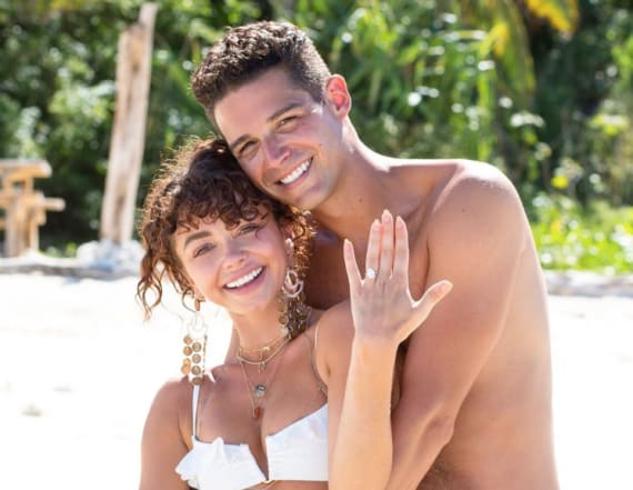 A look at Sarah Hyland's gorgeous engagement ring