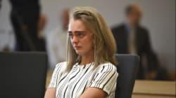 Accusata di aver spinto al suicidio il ragazzo 18enne con dei messaggi, ora deve rispondere di