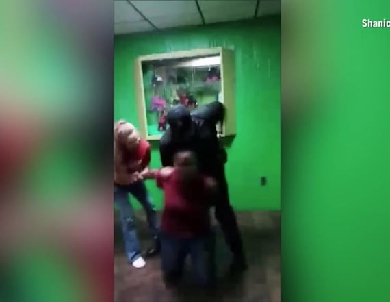 Off-duty cop handcuffs minor at roller skating rink