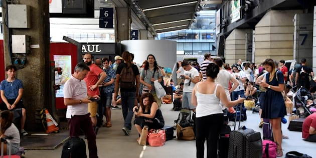 """Gare Montparnasse: l'électricité ne sera pas rétablie """"en pleine puissance"""" avant jeudi 2 août"""