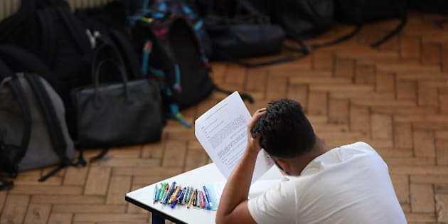 Le ministère de l'Éducation répond à la pétition de Terminales S qui ont trouvé le bac de maths trop dur