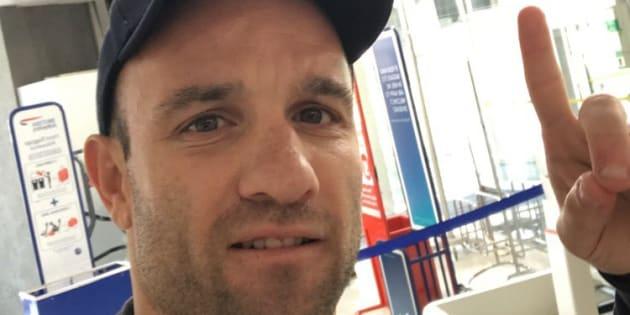 Mathieu Valbuena annonce son transfert en Turquie mais se trompe de drapeau