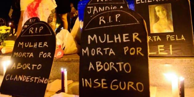 Manifestação, no Rio de Janeiro, a favor da descriminalização do aborto.