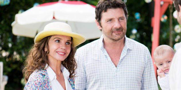 """Le couple formé à l'écran par Victoria Abril et Philippe Lellouche dans la saison 6 de """"Clem""""."""