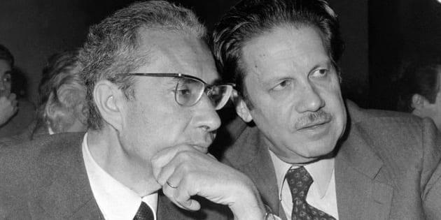 Marzo 1977. Conferenza nazionale organizzativa della DC al Palazzo dei Congressi. Nella foto, il presidente del partito Aldo Moro e Flaminio Piccoli