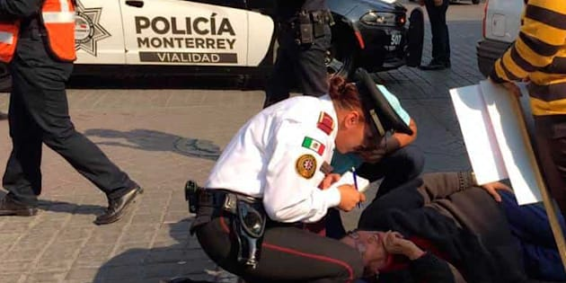 En las inmediaciones del Palacio de Gobierno de Nuevo León se vivió el accidente.