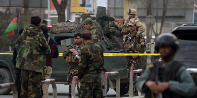 Au moins 30 morts dans l'attaque d'un hôpital en Afghanistan revendiquée par Daech