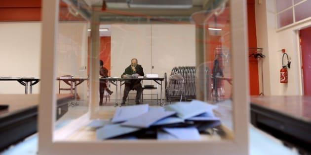 Pour que les détenus puissent voter à la présidentielle, une association attaque l'Etat