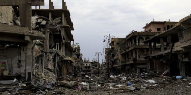 Des immeubles de Raqa en ruines le 28 octobre 2017.
