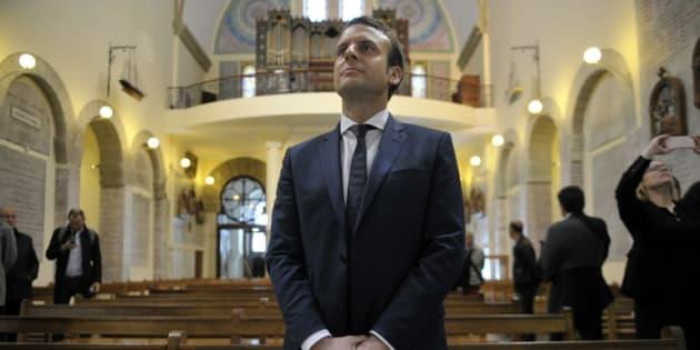 Quel catholique est Emmanuel Macron? Ici à Notre Dame d'Afrique à Alger en février 2017.