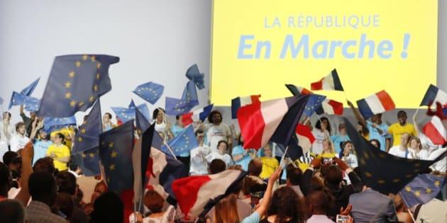 """Avec sa première convention, En Marche! veut passer de la """"start-up"""" à un parti structuré"""