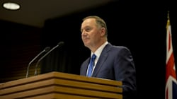 Un autre premier ministre a démissionné la nuit dernière, il avait pourtant tout pour