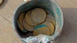 Descubren un cofre de monedas de oro de hace 900