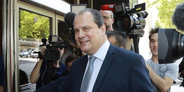 Le Parti socialiste, en attendant de se retrouver un chef, se dote d'une direction collégiale de 28 membres  (Photo: Jean-Christophe Cambadélis, ex-secrétaire général du PS, se rend au Conseil national du parti, samedi 8 juillet 2017 à Paris)