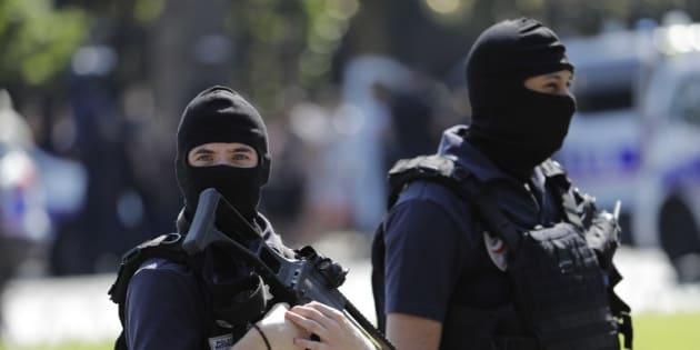 Pourquoi Macron n'a pas surfé sur le thème porteur de l'antiterrorisme pendant sa campagne