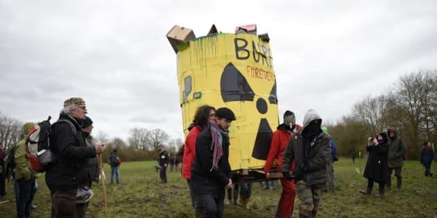 Évacuation en cours des opposants au projet d'enfouissement de déchets nucléaires — Bure