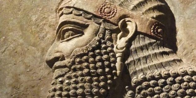 Sous le règne de Sargon II, dix tribus d'Israël furent exilées.