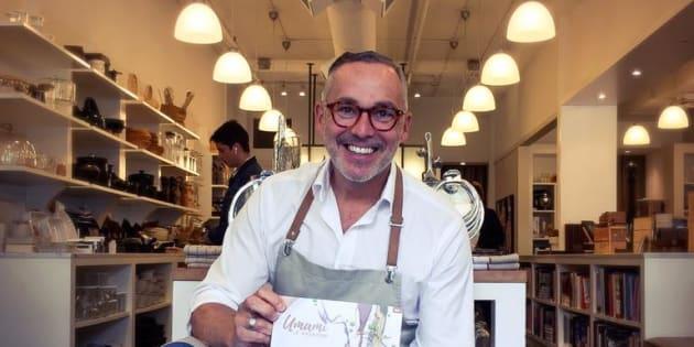 Francois Longpré à la boutique Les Touilleurs.