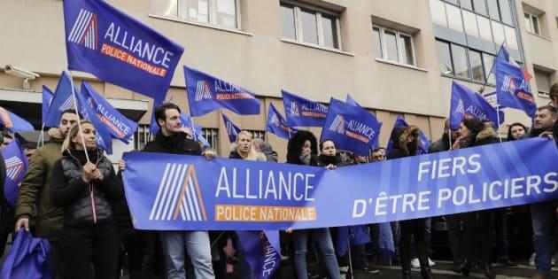 14 personnes en garde à vue pour l'agression de deux policiers au Nouvel an à Champigny