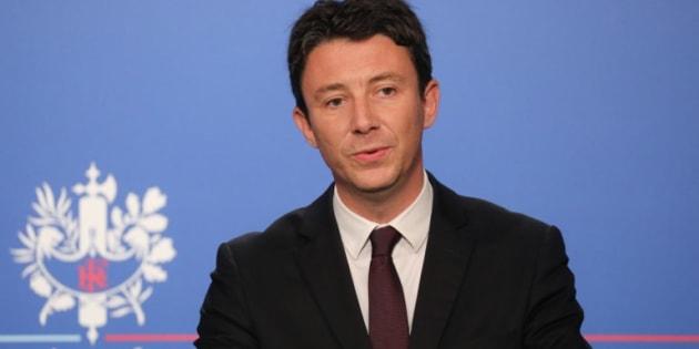 Après les critiques de François Pinault sur Emmanuel Macron, Benjamin Griveaux attaque le milliardaire sur ses impôts