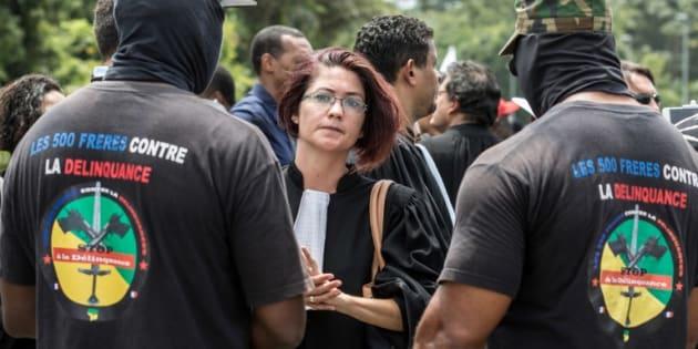 """Les grévistes guyanais annoncent le blocage """"total"""" du département lundi, avant de reculer"""