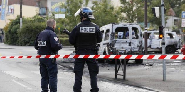 Sept jeunes mis en examen dans l'attaque des policiers de Viry-Châtillon