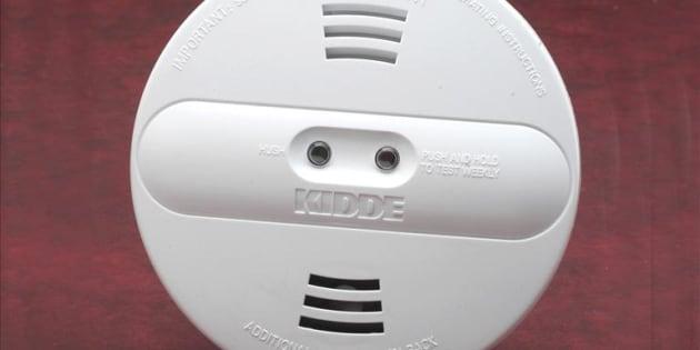 Un exemple de détecteur de monoxyde de carbone.